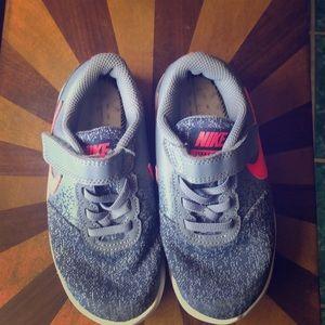 Nike for hiking